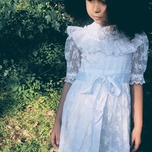 1970s Vintage white lace dress handmade